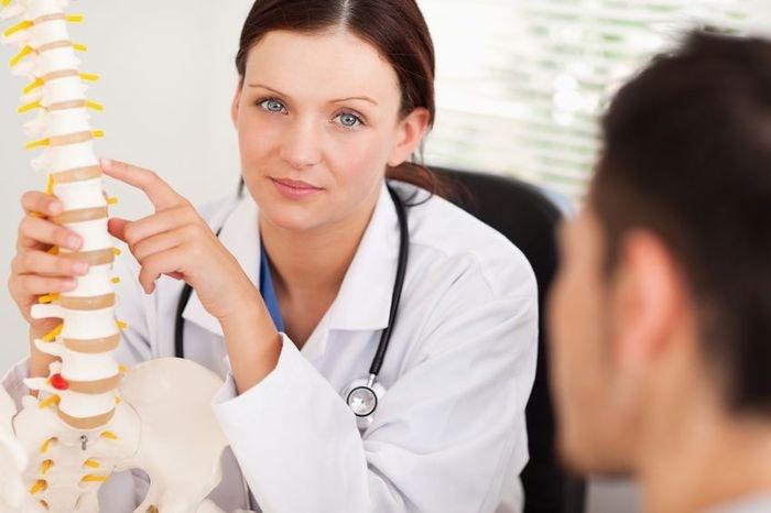 1370 Особенности клиники и осложнений остеохондроза в зависимости от пораженного отдела позвоночника