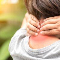 Симптомы и лечение шейного хондроза